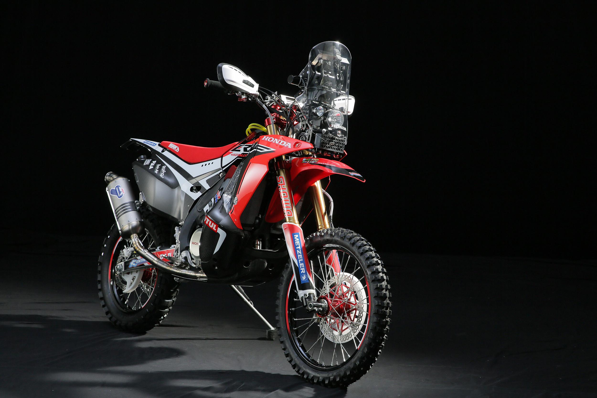 First Look 2014 Honda Crf450 Rally Dirt Bike Magazine