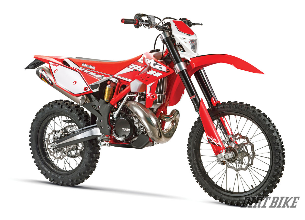 2015 off road buyer 39 s guide dirt bike magazine. Black Bedroom Furniture Sets. Home Design Ideas