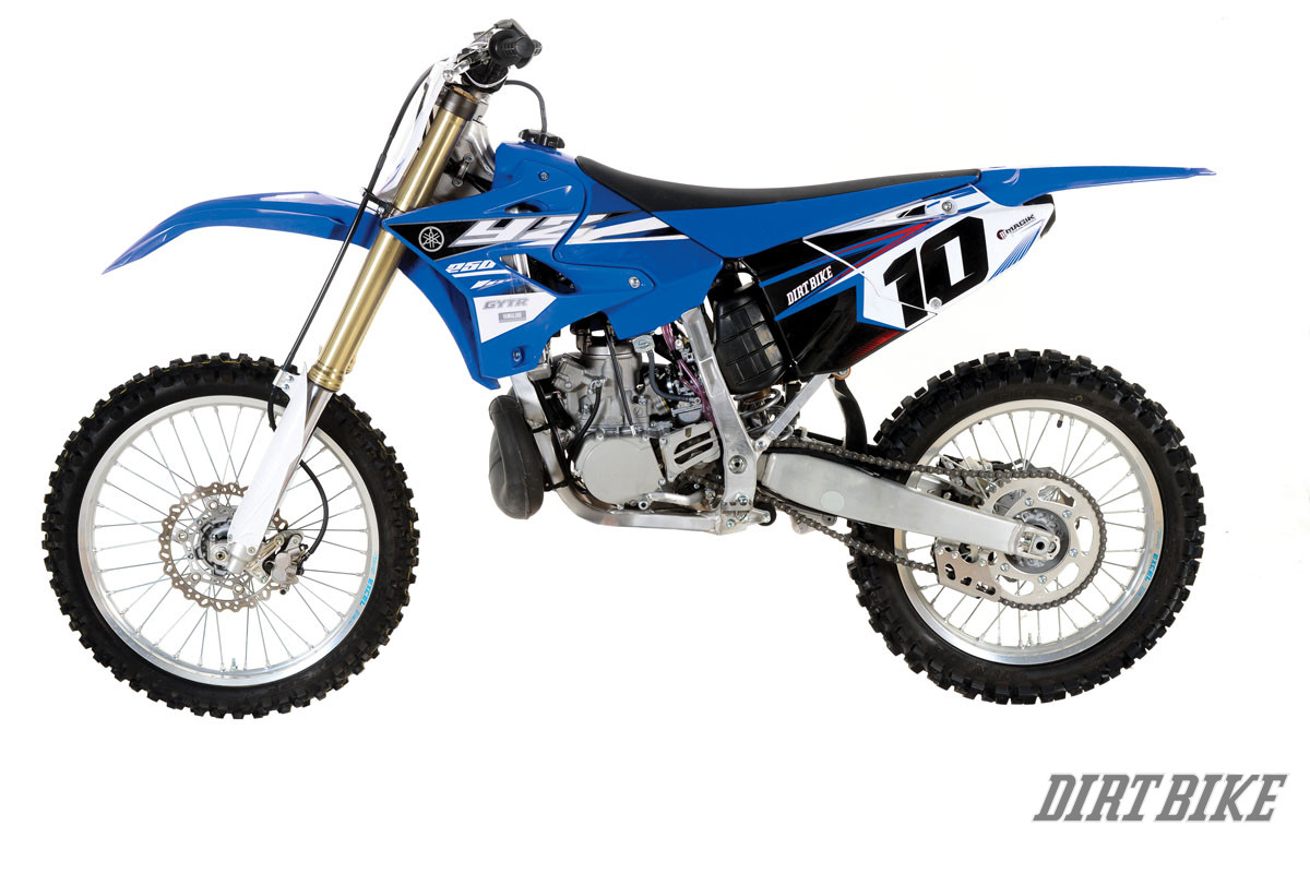 Survival of the fittest the yamaha yz250 2 stroke story for Yamaha 250 four stroke