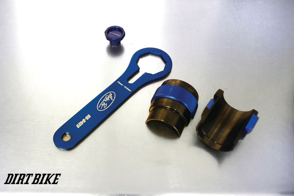 Yamaha sells the motion pro seal driver and fork cap ring nut wrench required for a quick seal change