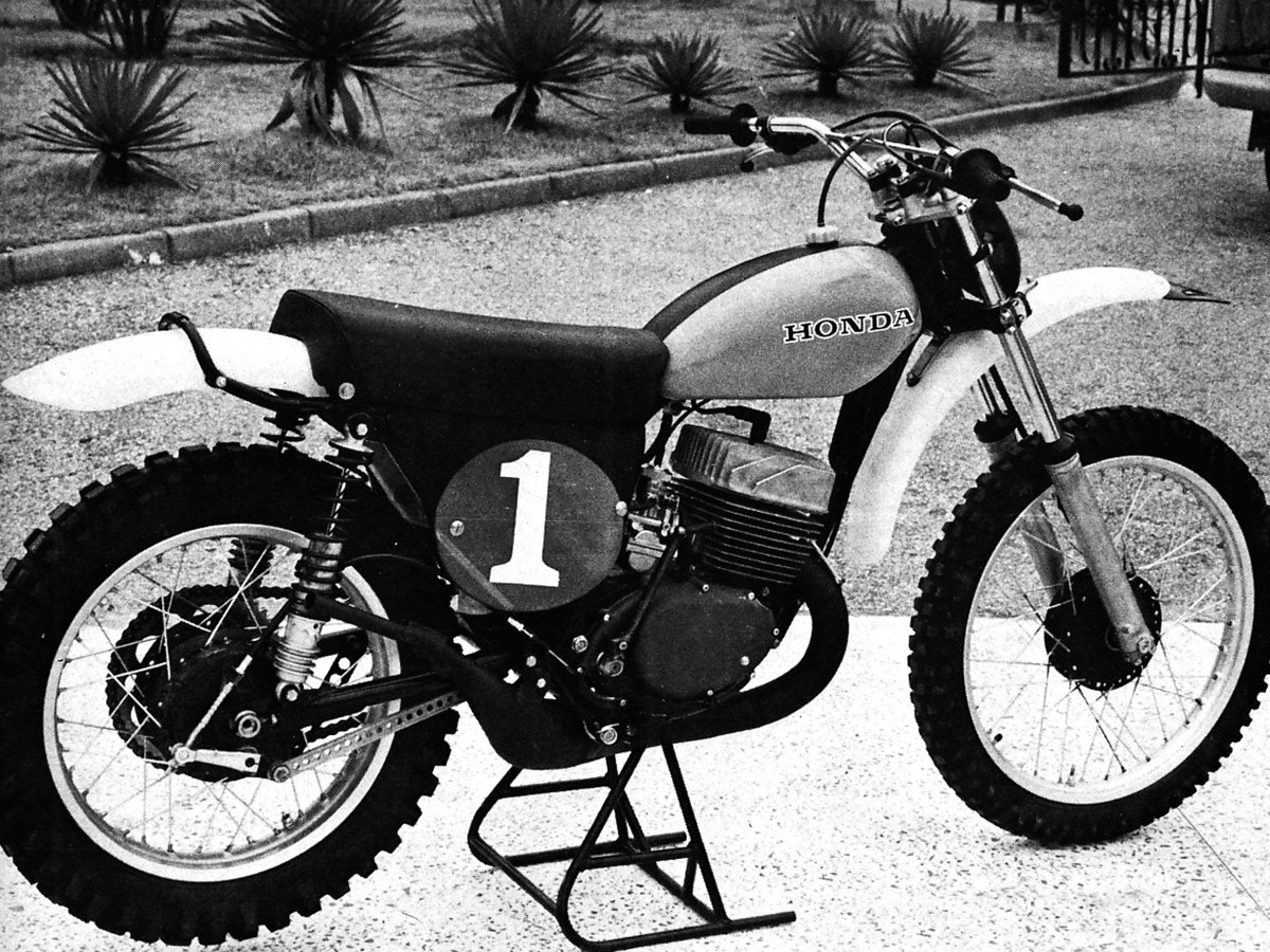 HONDA\'S GREATEST BIKE: THE CR250R TWO-STROKE | Dirt Bike Magazine