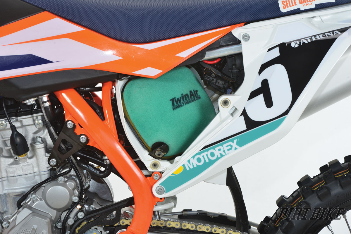 Ktm  Airbox Removal
