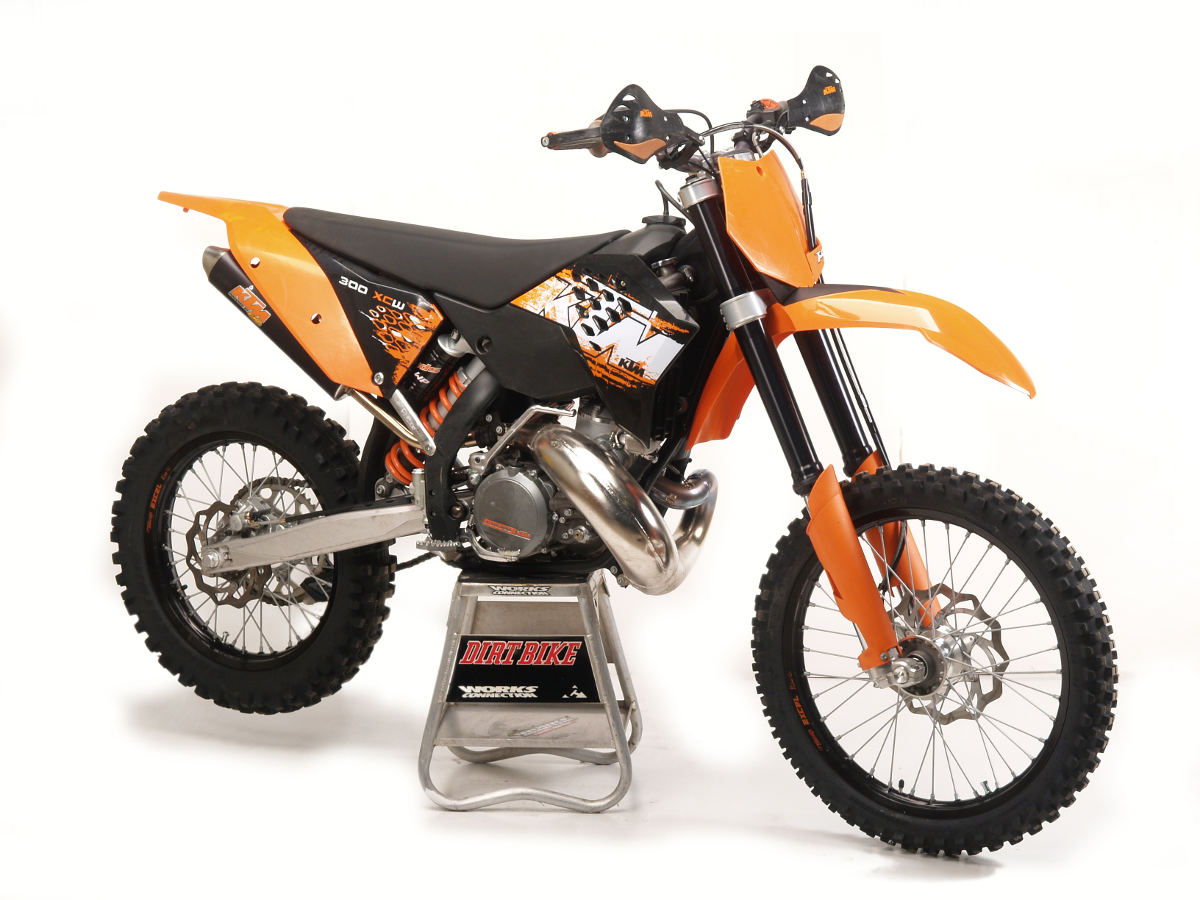 all about the ktm 300 2 stroke dirt bike magazine rh dirtbikemagazine com