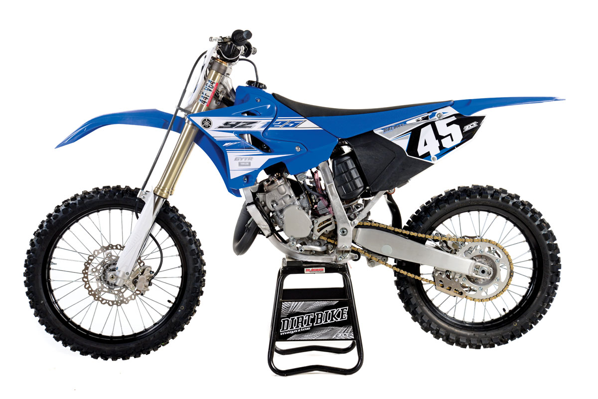 10 things you might not know about the yz125 dirt bike magazine. Black Bedroom Furniture Sets. Home Design Ideas
