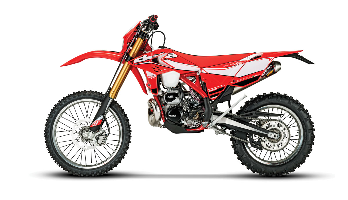 2017 2 STROKE BUYERS GUIDE DIrt Bike Magazine