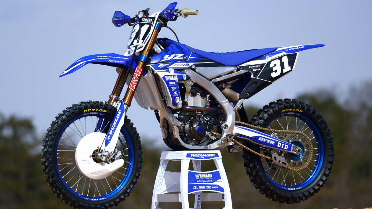 2018 yamaha yz450f yz250f first look dirt bike magazine. Black Bedroom Furniture Sets. Home Design Ideas