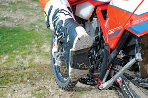 AlpineStar7enduro1. PRODUCT  Alpinestars  new Tech 7 Enduro boots were  specifically designed with the enduro and ... 1cd1104d4590f
