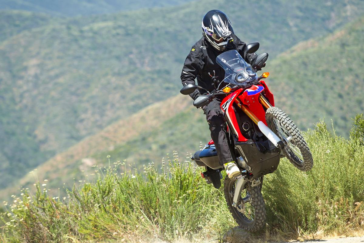 FRIDAY WRAP UP: HONDA CRF250L RALLY FIRST RIDE | Dirt Bike Magazine