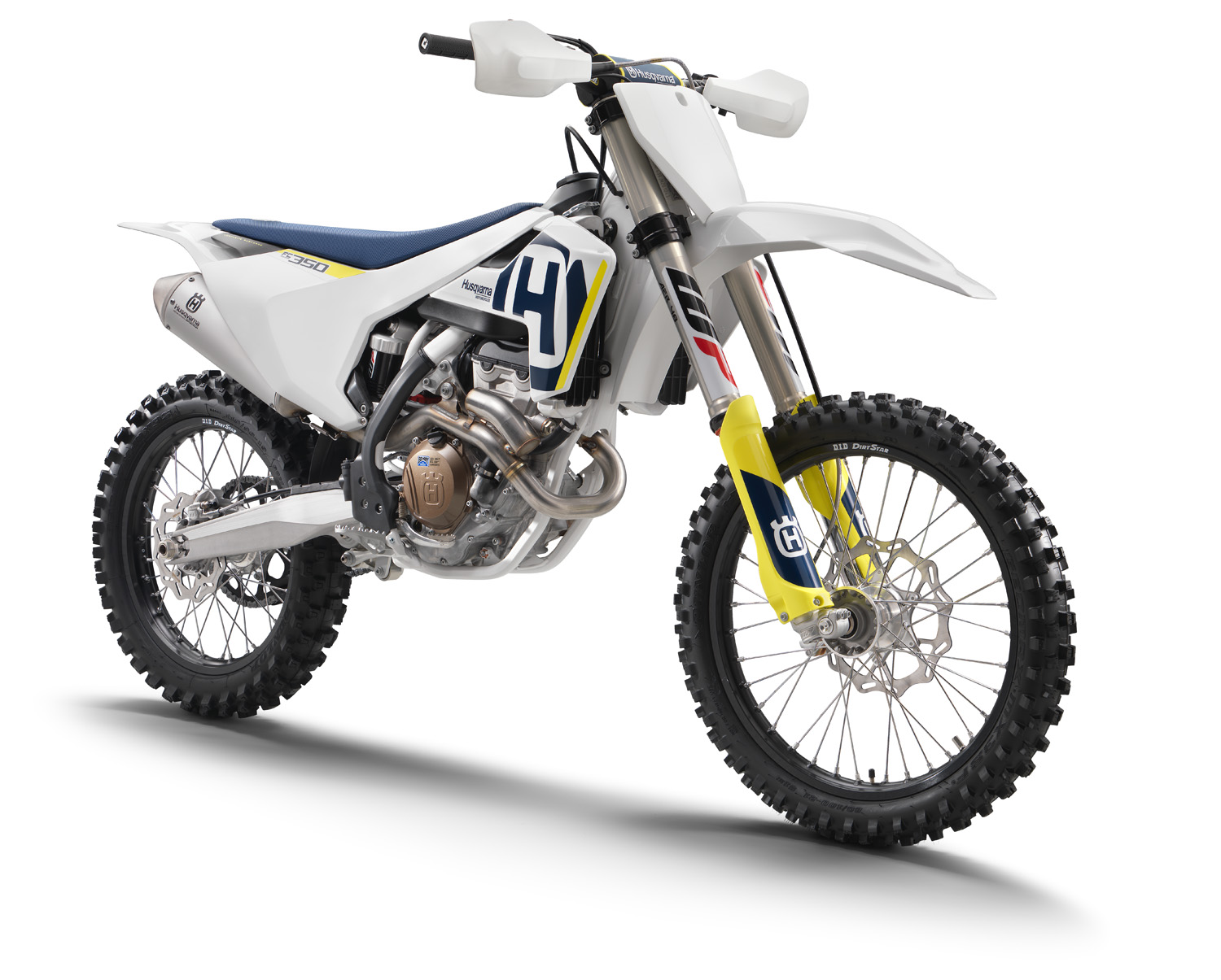 Evo Factory furthermore 2018 Husqvarna Mx Four Stroke Models additionally Ktm 690 Enduro R Adventure Touring Enduro furthermore Minsk 125cc together with 2008 Yamaha Yzf R1  parison 2. on 2 cylinder dirt bike