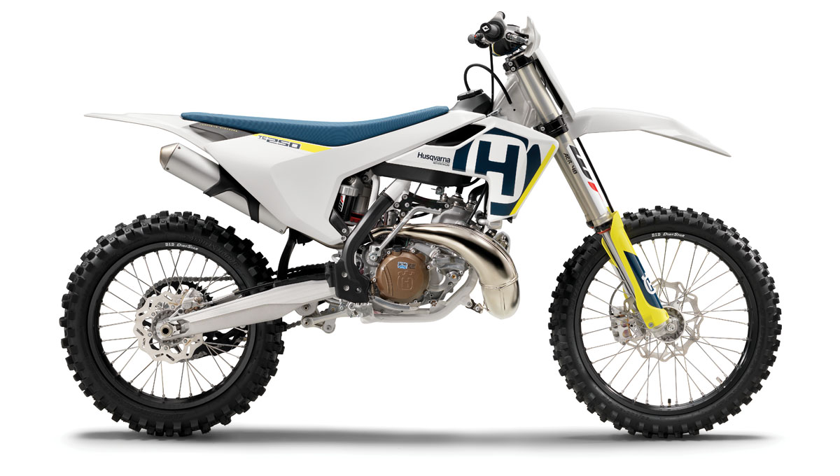2018 2-STROKE BUYER'S GUIDE | Dirt Bike Magazine