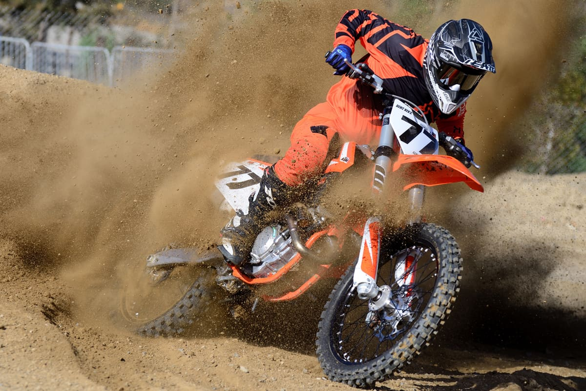 FRIDAY WRAP UP: RIDING THE 2018 KTM 350SX-F, NEW TM MOTORCYCLES