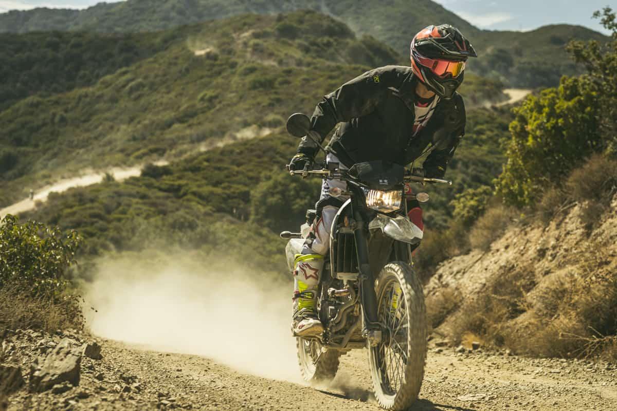 FRIDAY WRAP-UP: RIDING KAWASAKI'S NEW/OLD DUAL-SPORT | Dirt Bike