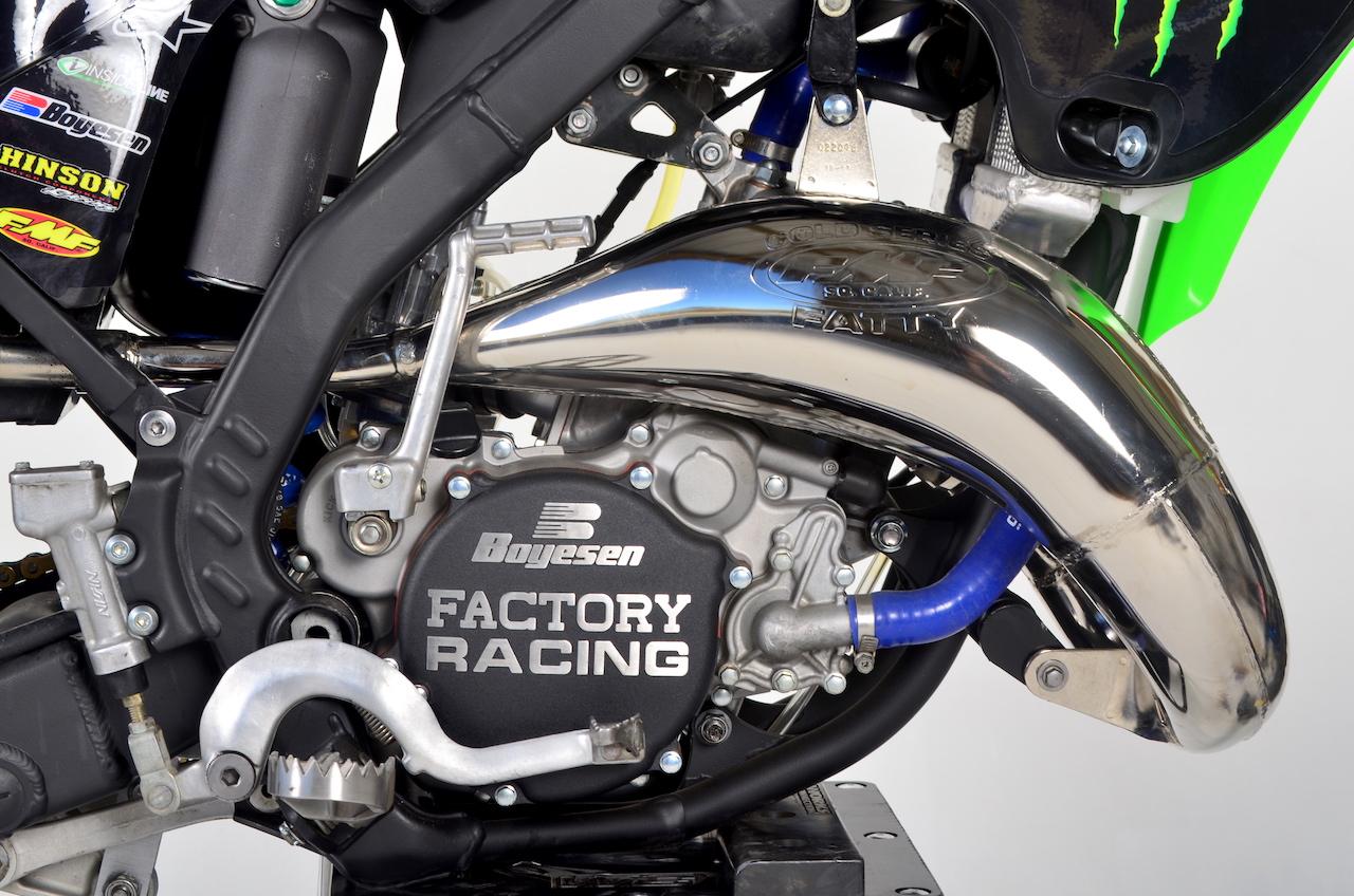 TWO-STROKE TUESDAY: C4 MX KX125 REBUILD | Dirt Bike Magazine