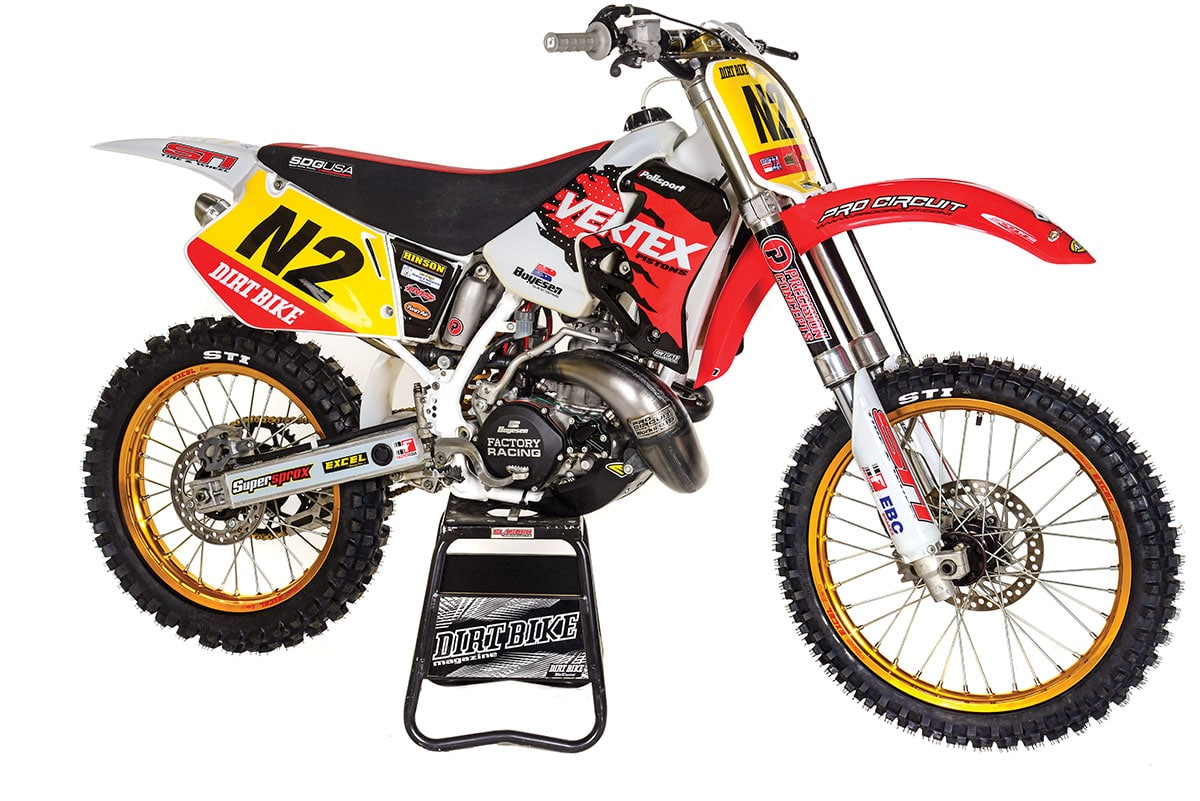 1995 HONDA CR250R: BEHIND THE BUILD | Dirt Bike Magazine