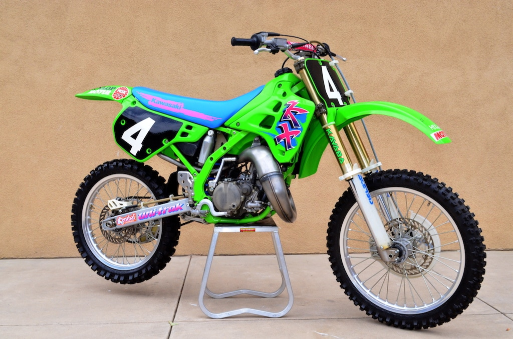 TWO-STROKE TUESDAY: FIVE INSANE KAWASAKI KX125 | Dirt Bike ...