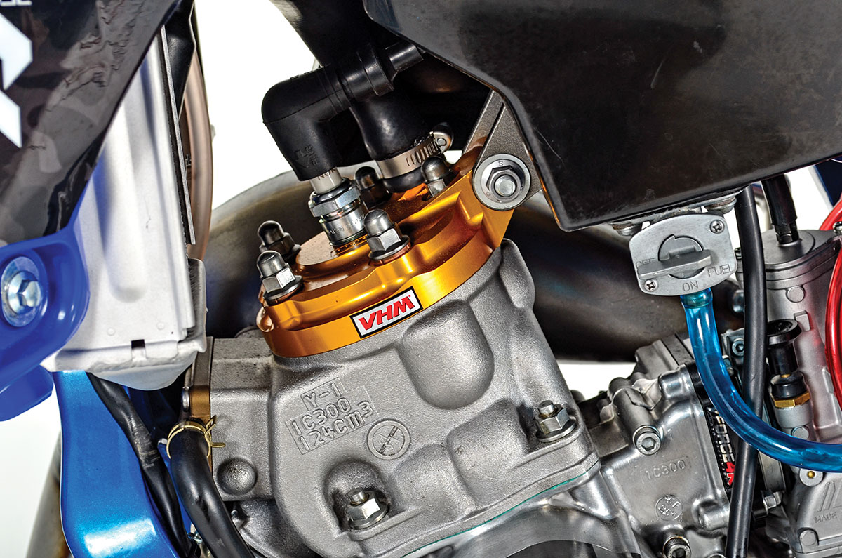 The VHM cylinder head has interchangeable inserts that increase or decrease compression as wanted.