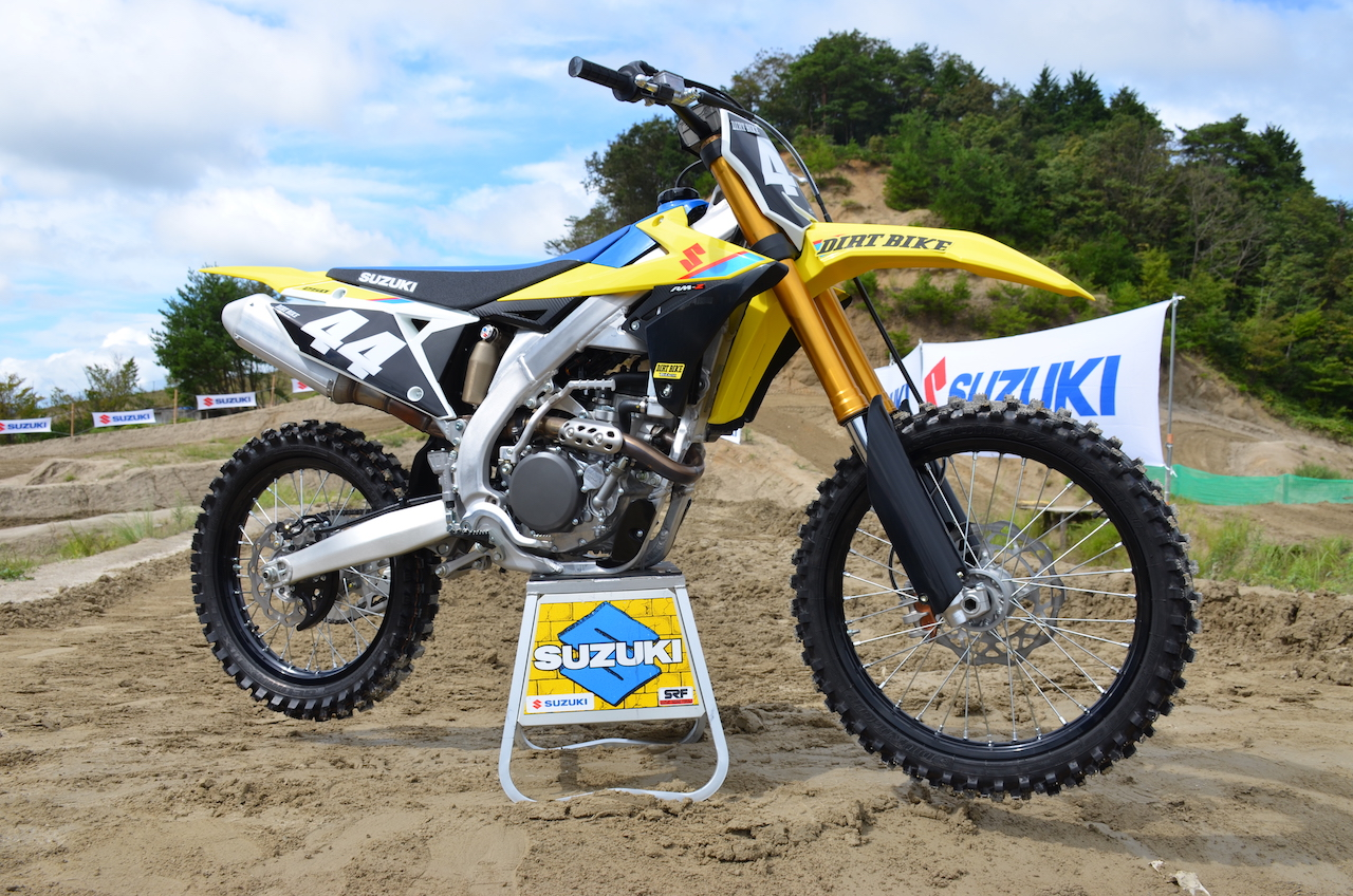 2019 suzuki rm z250 first impression dirt bike magazine. Black Bedroom Furniture Sets. Home Design Ideas