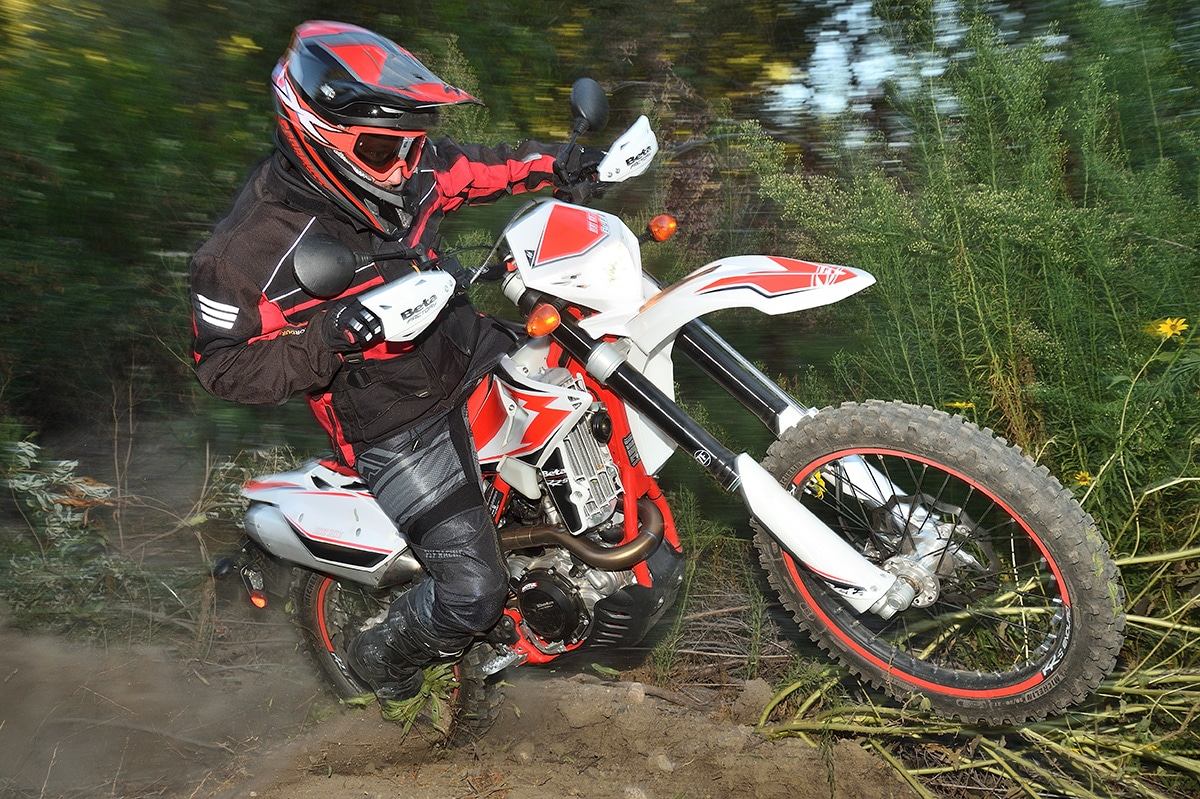 FIRST RIDE, 2019 BETA 430RR-S DUAL-SPORT: THE WRAP | Dirt