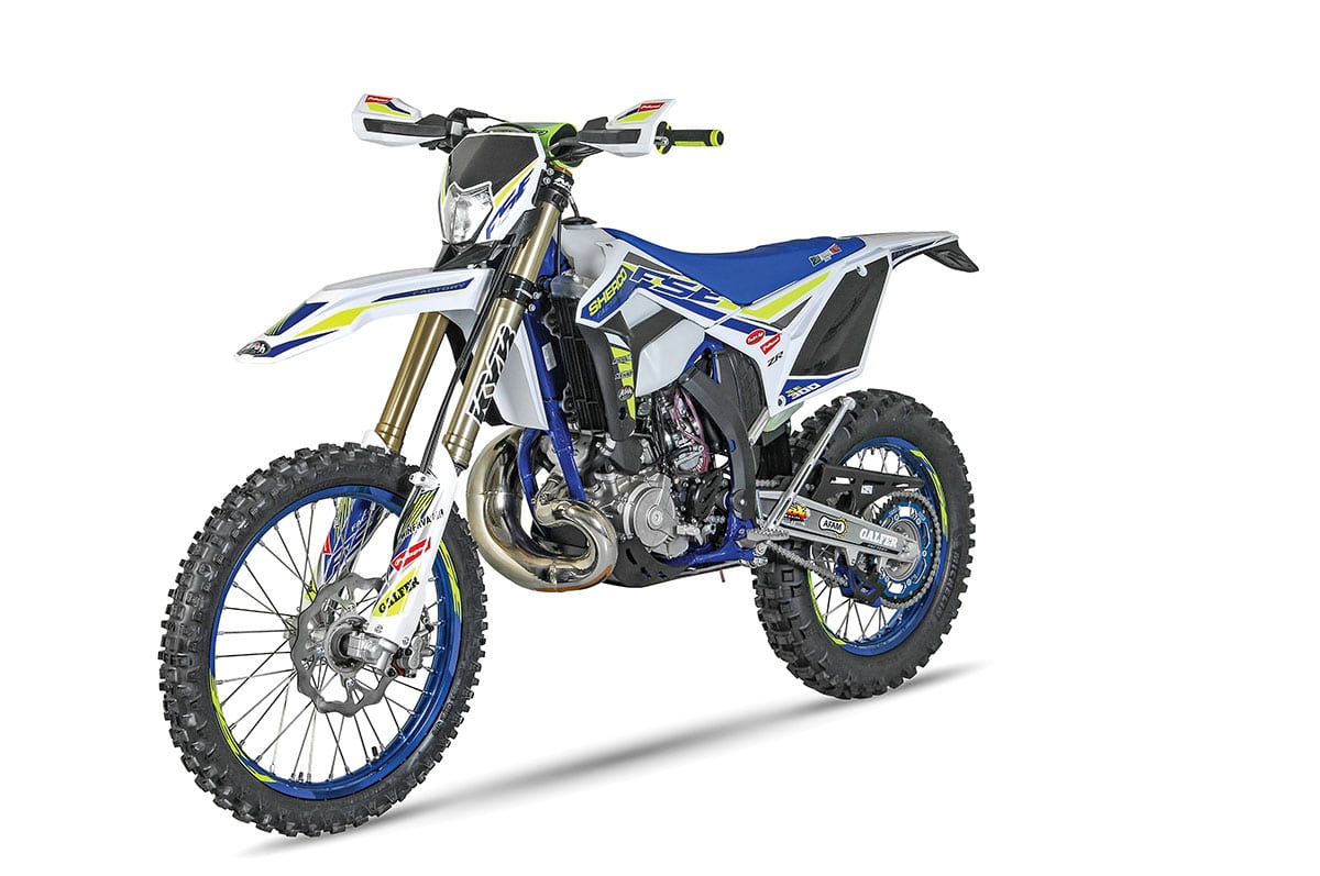 2019 OFF-ROAD BIKE BUYER'S GUIDE | Dirt Bike Magazine
